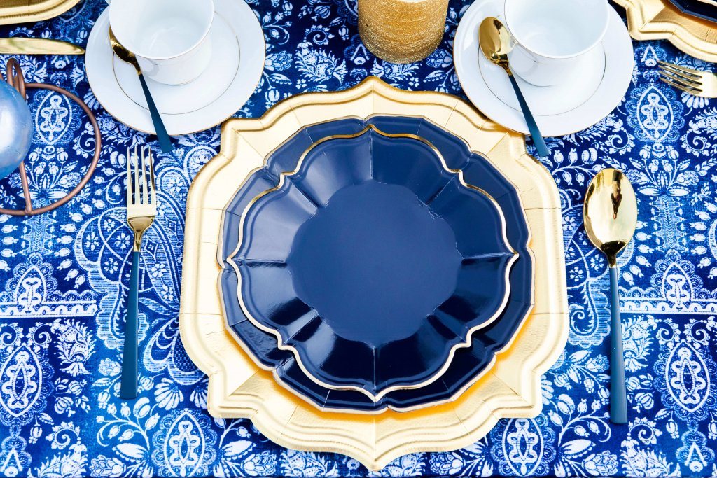 Navy Blue Lunch Plates (case of 12)